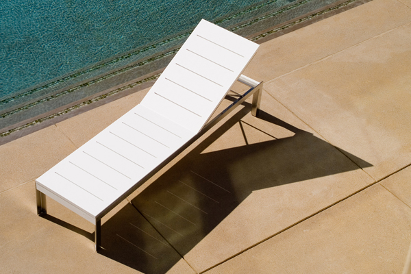 Etra Adjustable Chaise Lounge Modern Outdoor